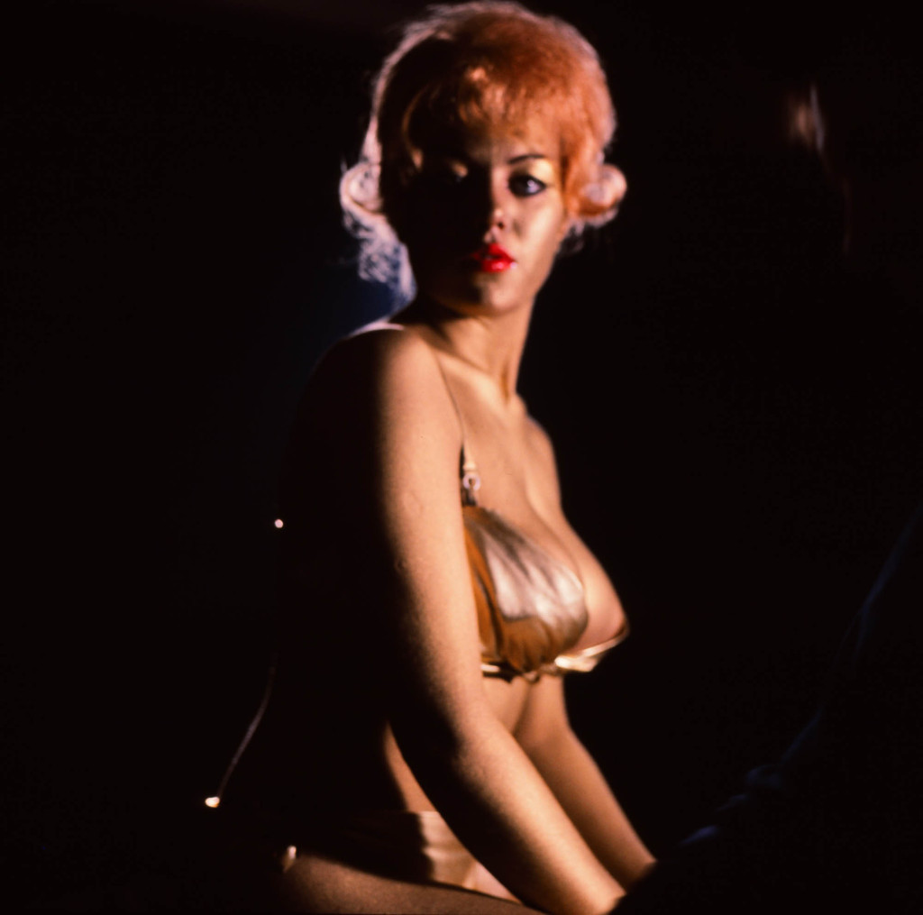 Goldfinger on set(19)