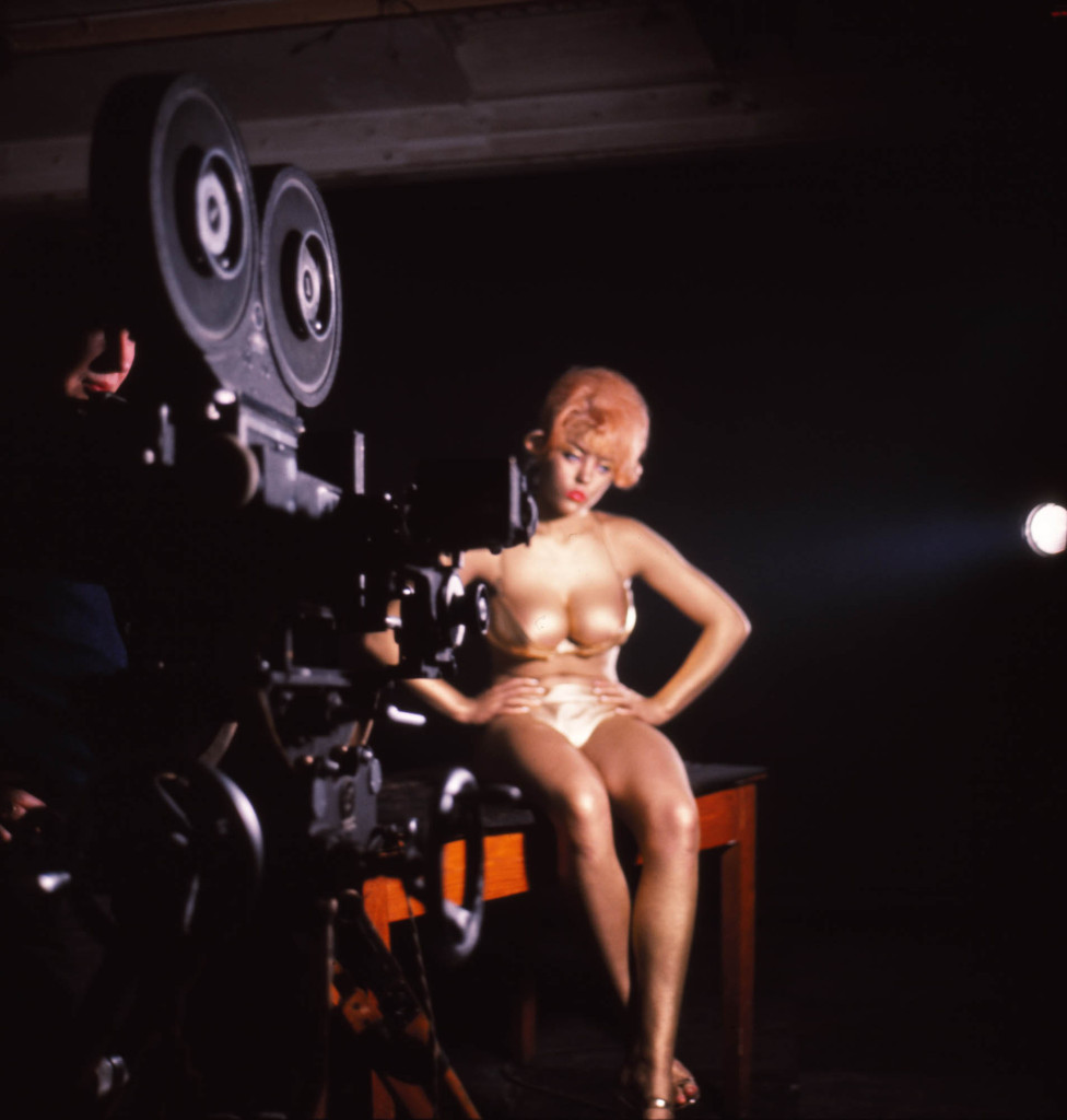 Goldfinger on set(56)